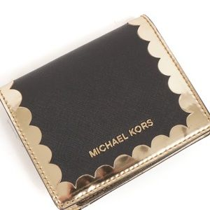 MK Saffiano Leather Scalloped Wallet NWOT